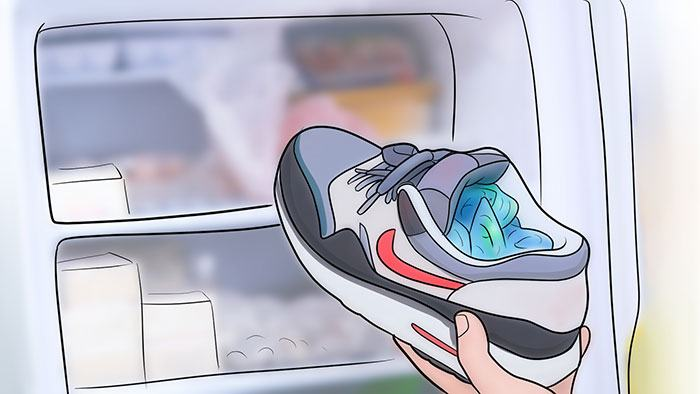 how to break in shoes using ice